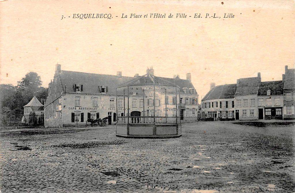 (30) Esquelbecq Cartes Postales Anciennes