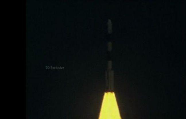 L'Inde lance sa plus grosse fusée dans l'espace