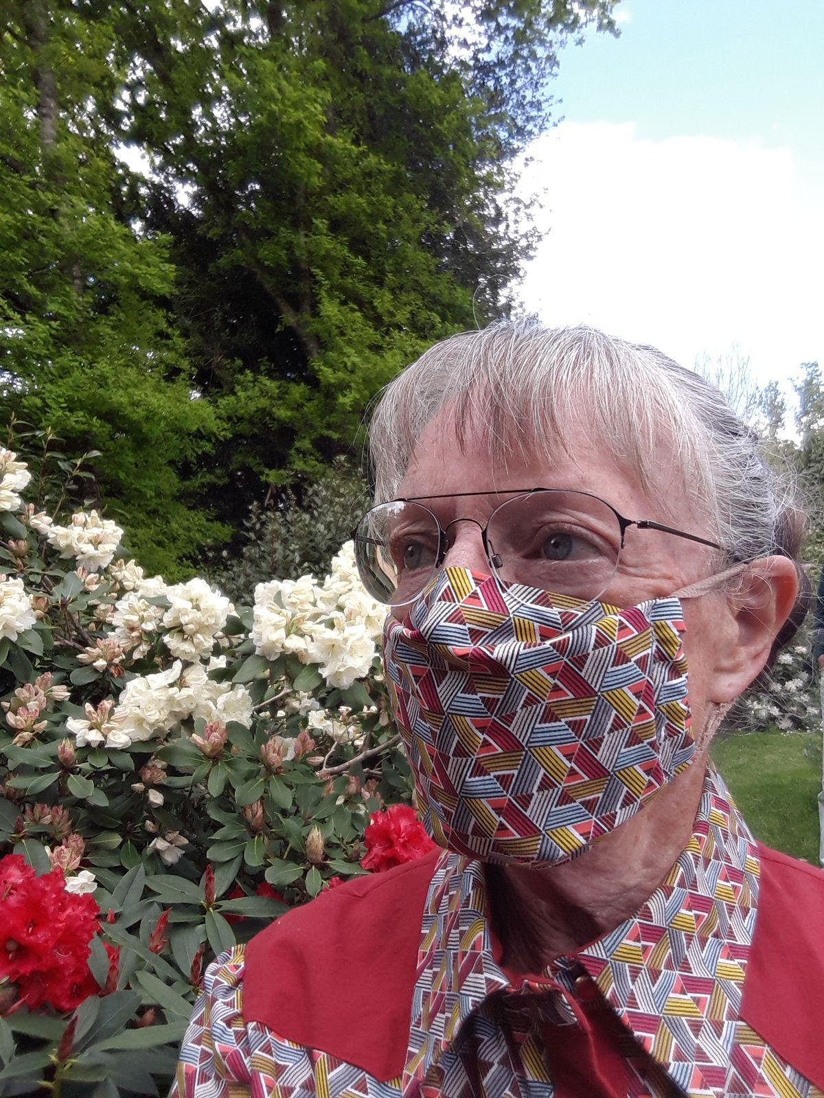 un peu d'humour : les masques de Nadine