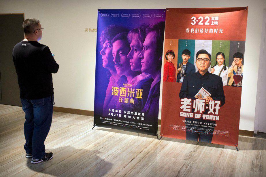 """""""Bohemian Rhapsody"""" fait l'objet de coupes sévères en Chine. Plus de deux minutes à connotations homosexuelles ont été censurées par les autorités. De nombreux spectateurs sont montés au créneau, estimant que cette version raccourcie gênait à la compréhension du film."""