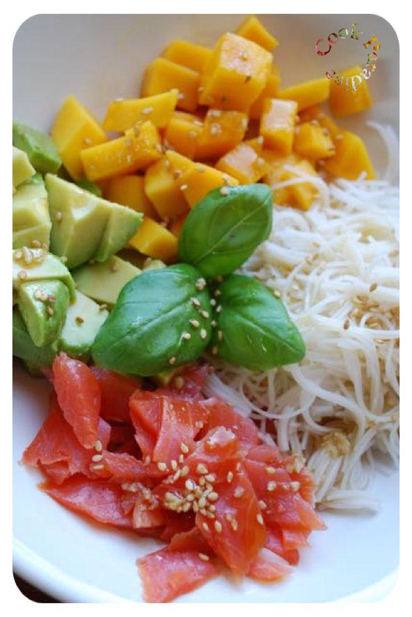 Salad'Bowl avocat-mangue-saumon & vermicelles de riz