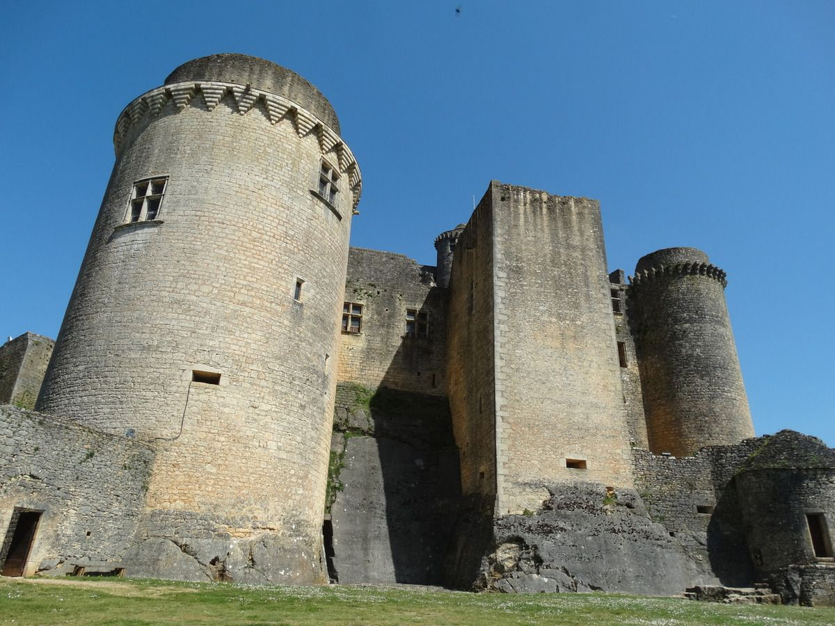 Vallée du Lot et Chateau de Bonaguil 46, France