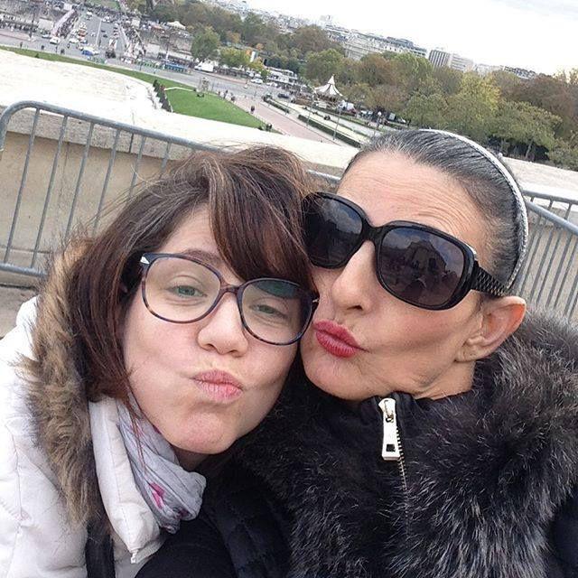 Sylvie Ortega Munos avec une amie handicapée ( source Instagram de ladite handicapée )