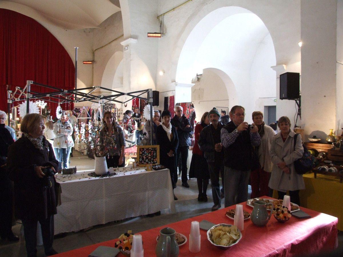 VOLONNE La  11è édition du traditionnel Marché de la Création a ouvert ses portes !