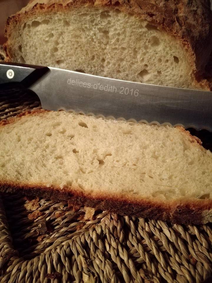 ici photos de pain blanc de plusieurs cuissons plus ou moins cuits