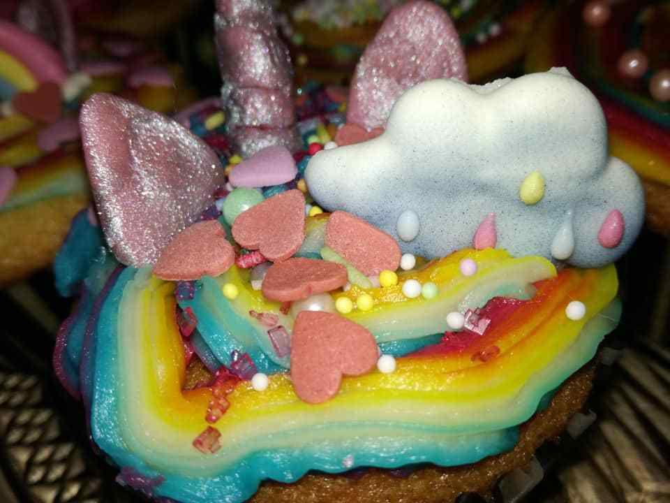 cup'cakes licorne de ma petite fille léna patissière en herbe