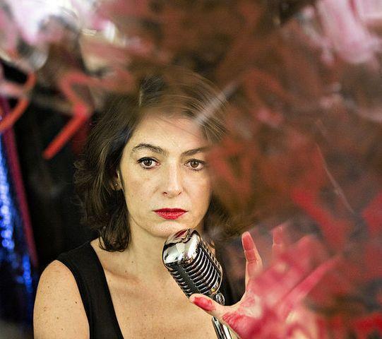 DEVASTE MOI avec Emmanuelle LABORIT
