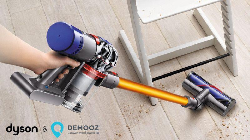 Les aspirateurs sans fil Dyson V8TM ne se contentent pas d'aspirer les sols. Ils se transforment rapidement d'aspirateurs balais à aspirateur à main pour nettoyer en hauteur, par terre ainsi que toutes les autres surfaces entre deux.