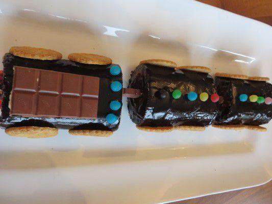 biscuit roulé chocolat caramel ou locomotive au chocolat