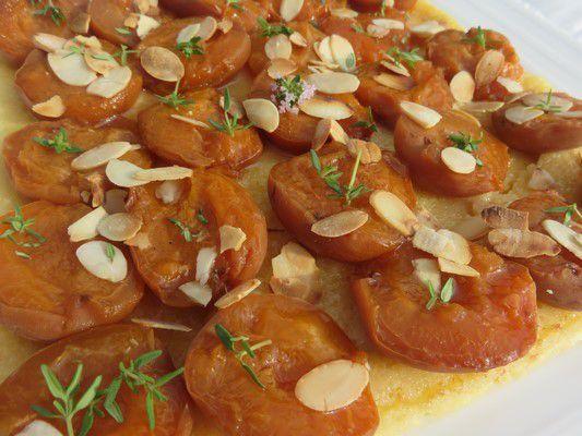 Tarte moelleuse aux abricots thym et amandes