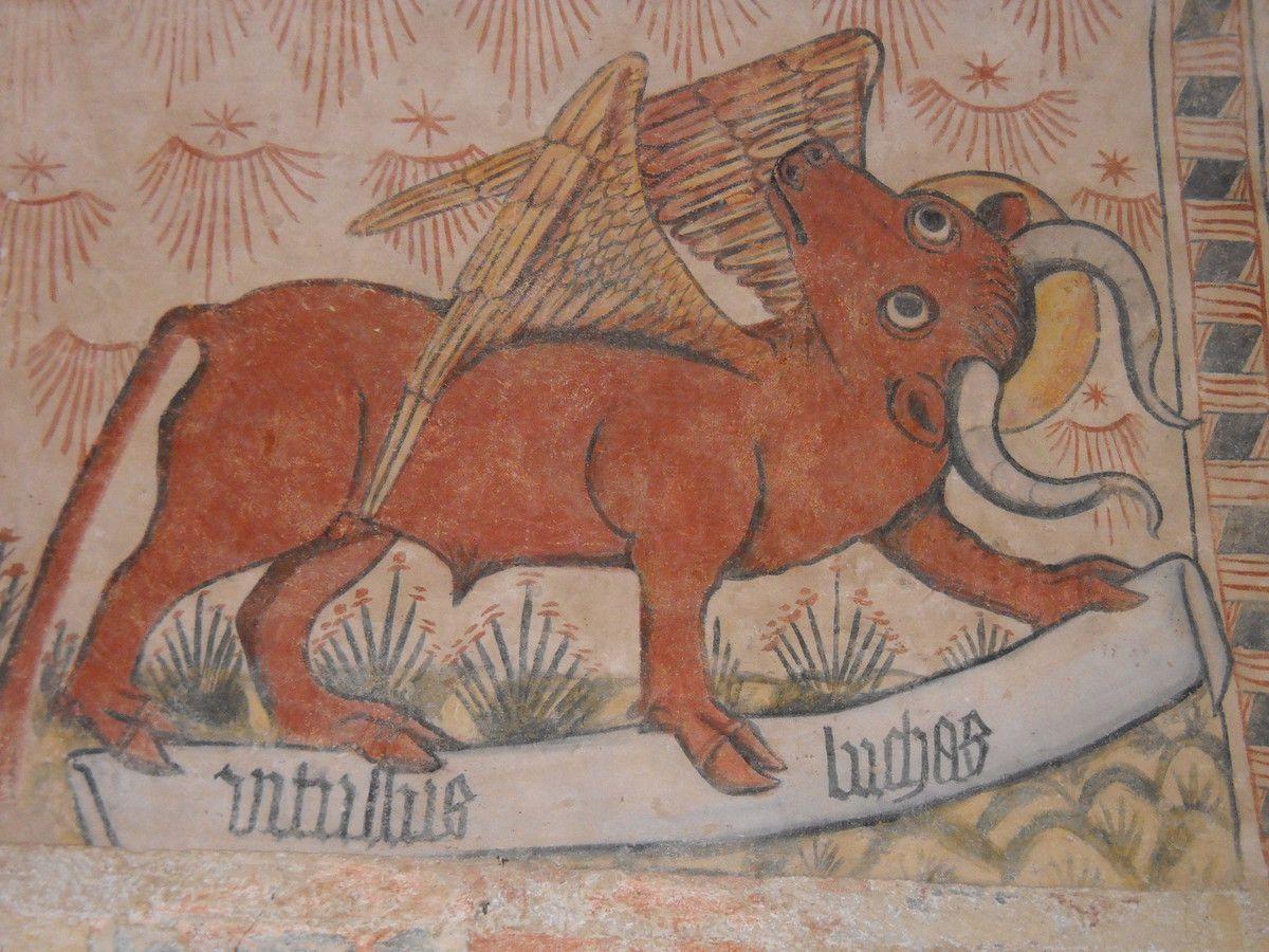 Le taureau de Saint-Luc, une des scènes peintes sur les murs de la voûte la chapelle Saint-Christophe construite dans le petit cimetière de Montferrand-du-Périgord. (Ph. B.S.)