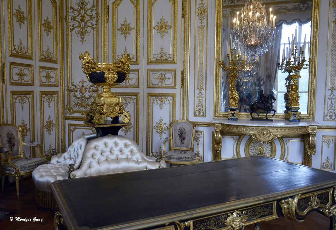 Chantilly: Chambre et Grand Cabinet d'Angle