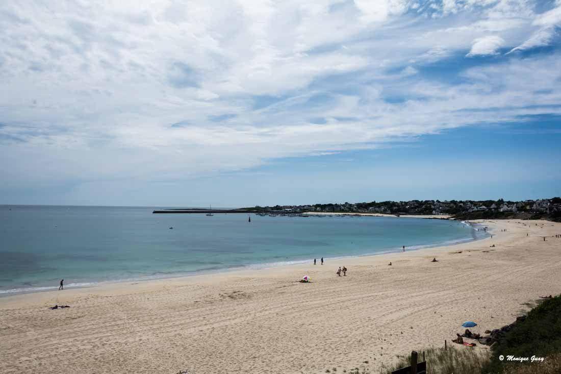 Plage d'Audierne où on a foulé le sable à la rencontre de l'Océan qui remontait.