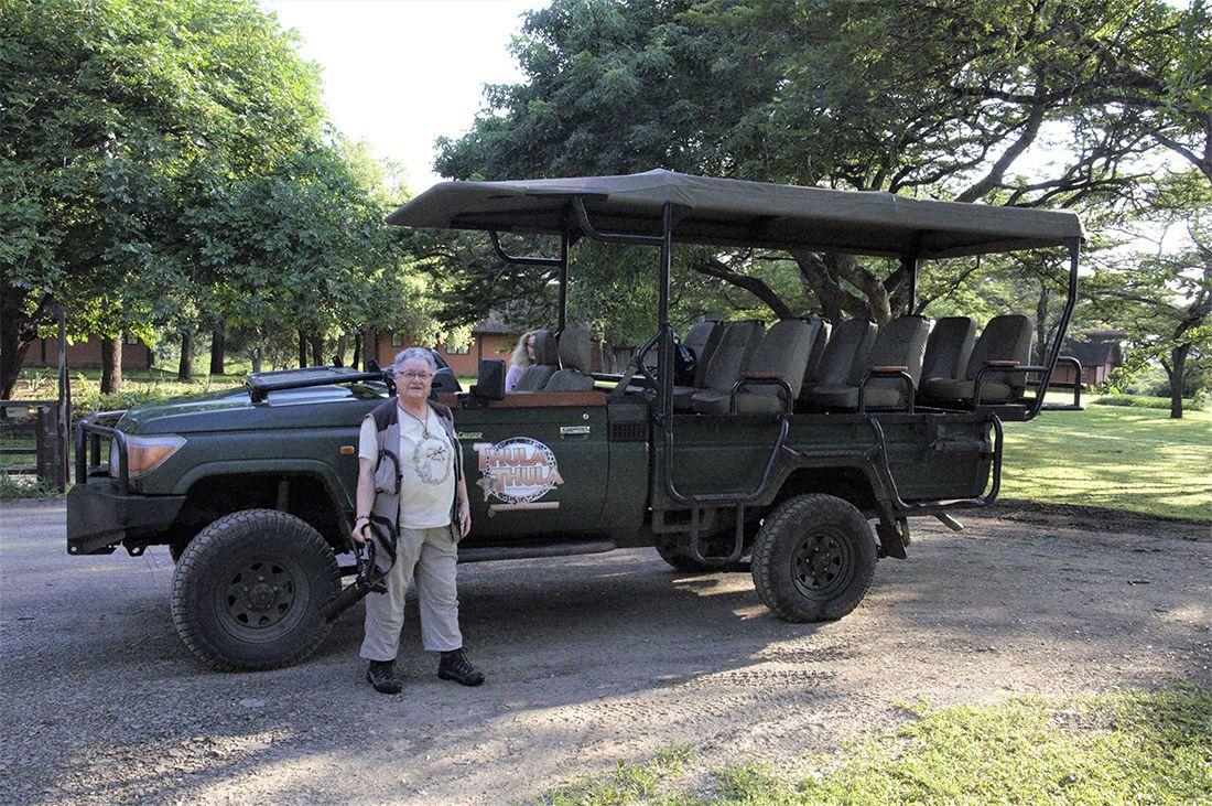 Me voici devant le 4x4 des safaris de Thula Thula;