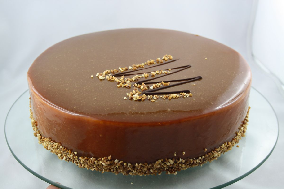 Entremet mousse caramel, insert crémeux vanille