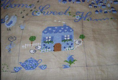 Petits villages roses... ou bleu !