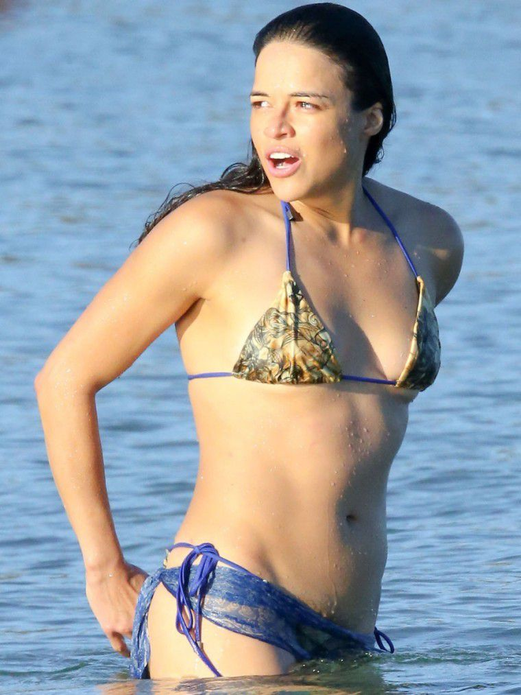 Michelle Rodriguez hairy pussy