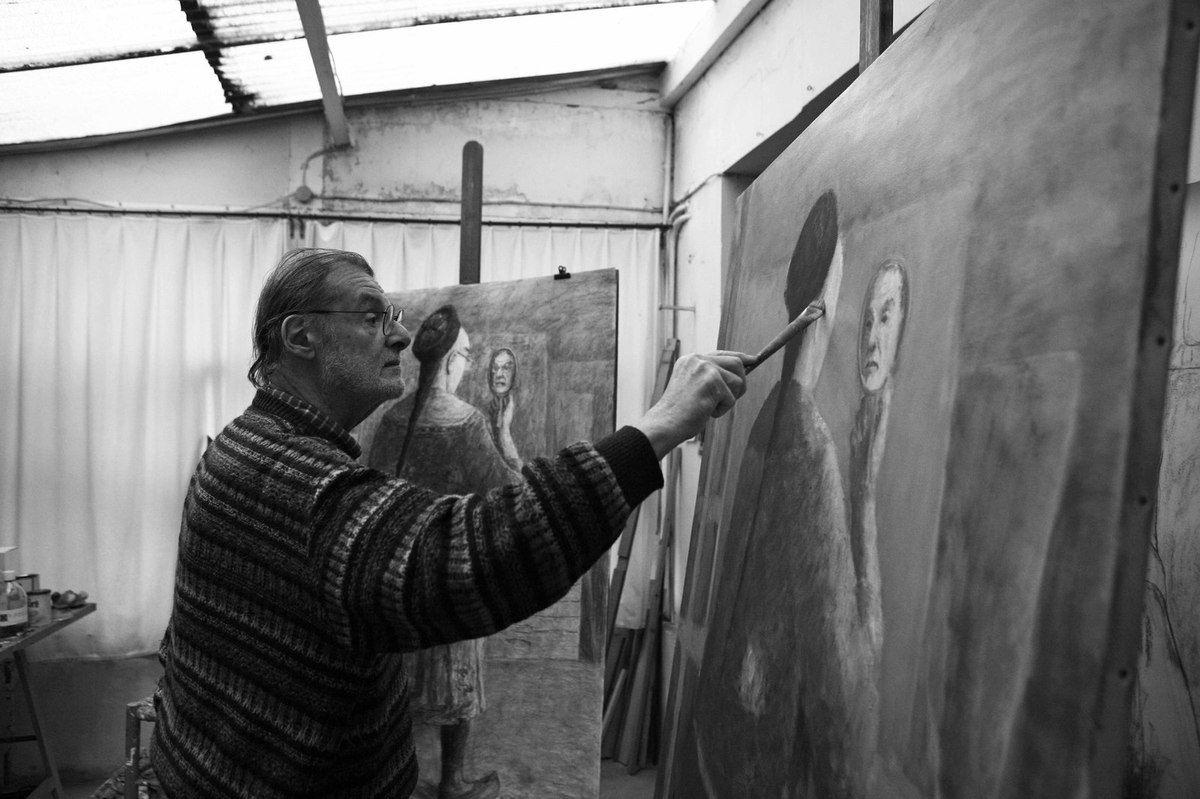 Olivier O.Olivier (1931-2011) dans son atelier de Paris le 12 décembre 2007