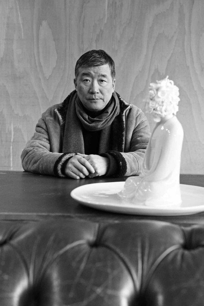 Ru Xiao Fan dans son atelier des Lilas, le 27 février 2013