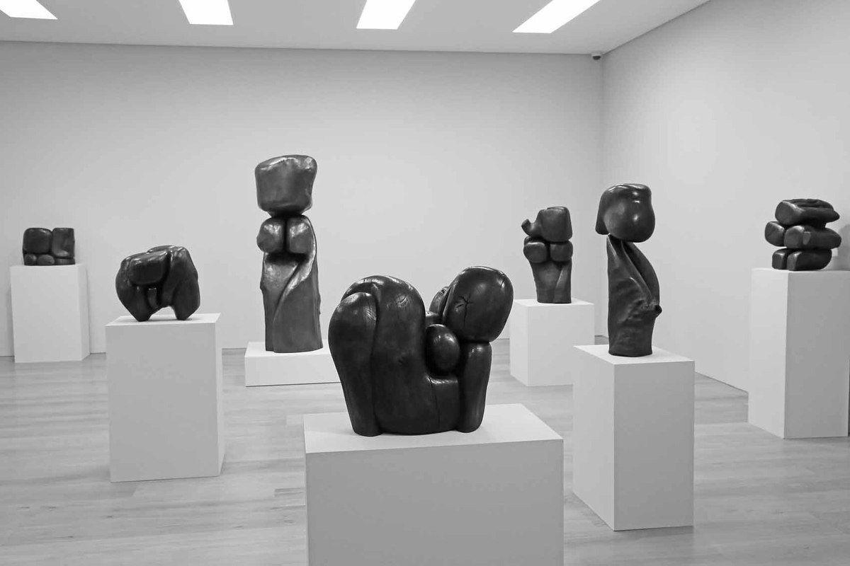 Sculptures de Wang Keping
