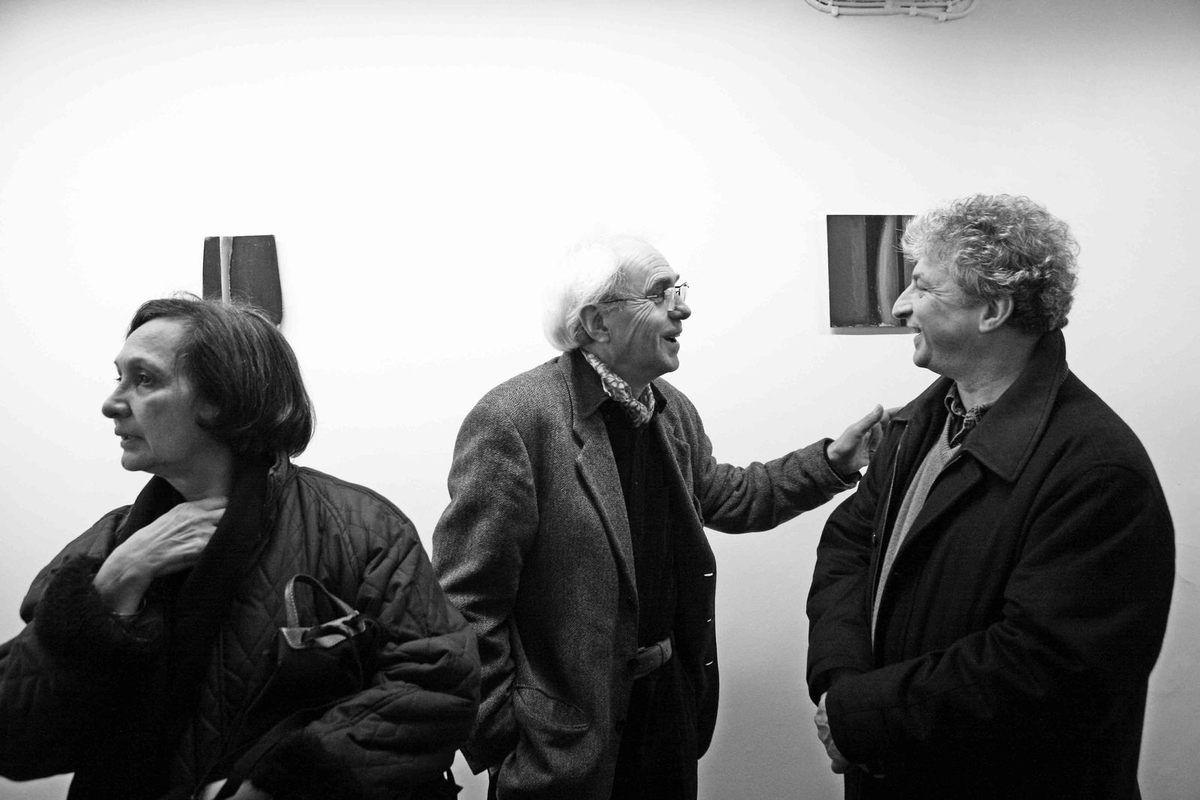Inconnue, Daniel Pandini, Jean-François Dubreuil. Vernissage de l'exposition Daniel Pandini. Galerie Cour Carrée. Paris le 30 novembre 2007
