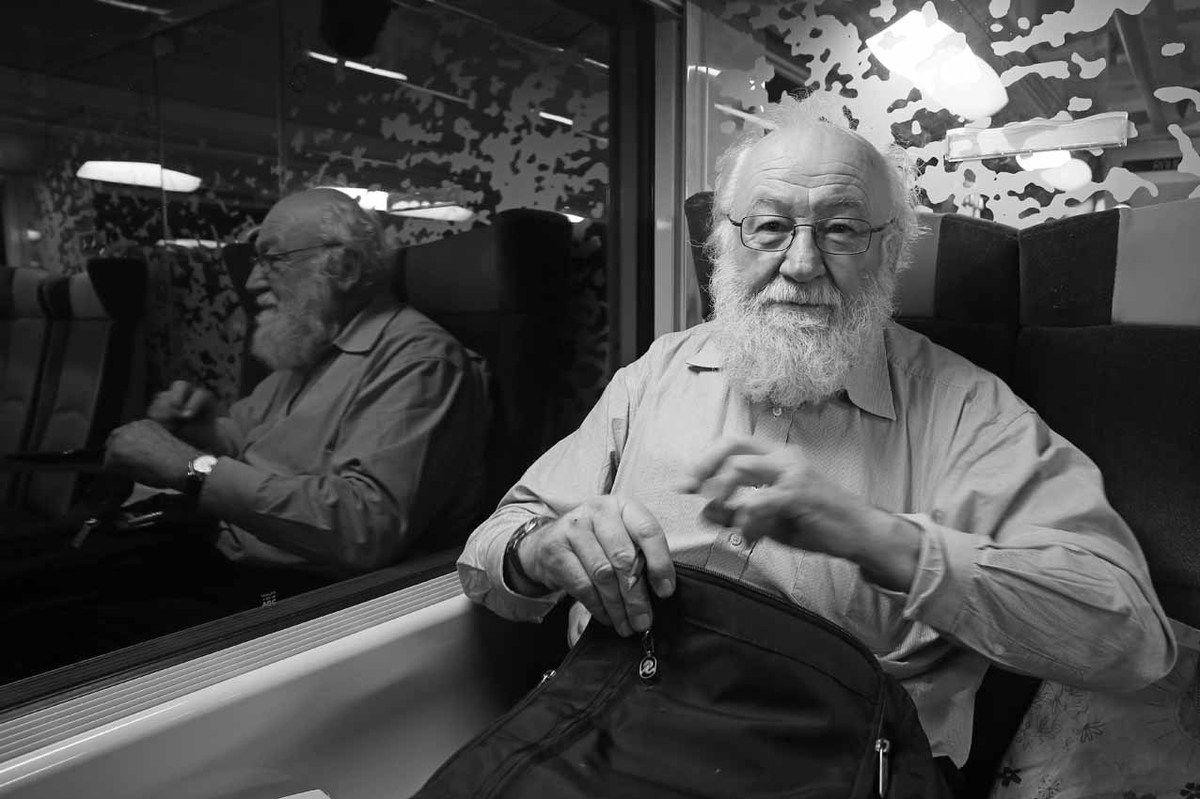 Dans le train Paris-Rouen
