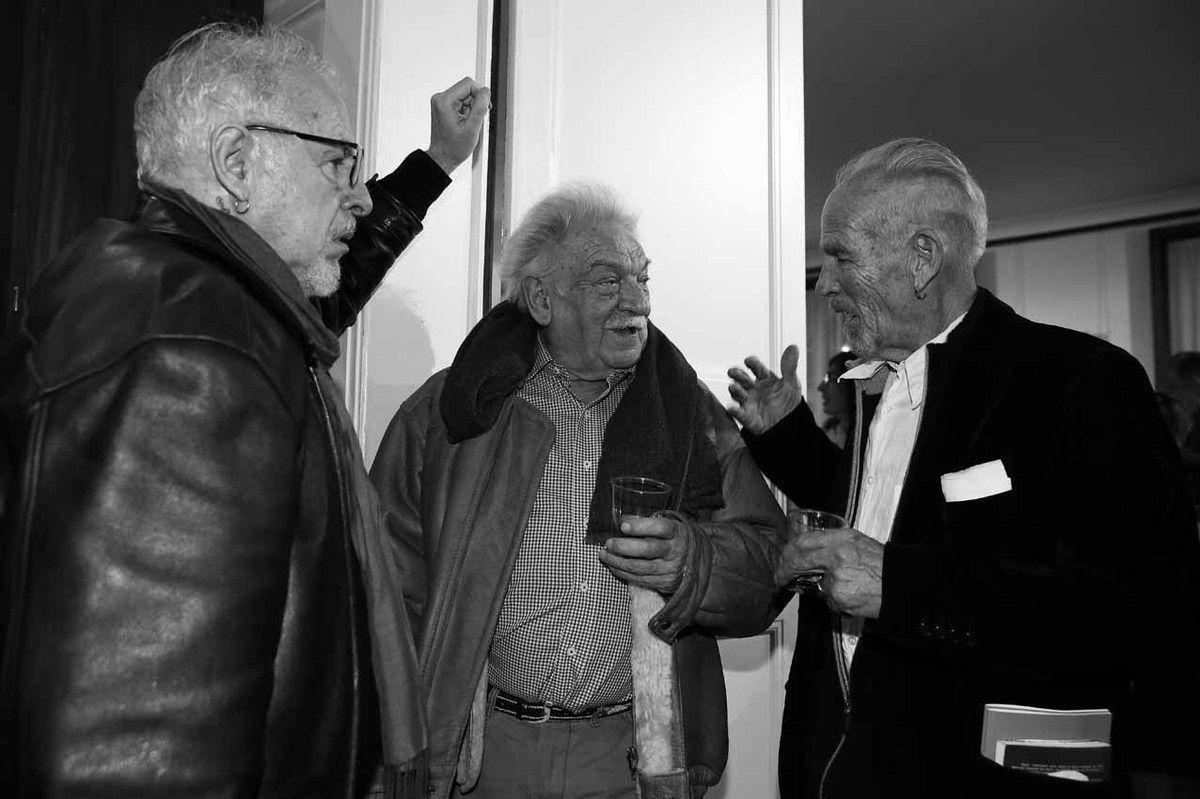 Inconnu, Antonio Segui, Roberto Plate