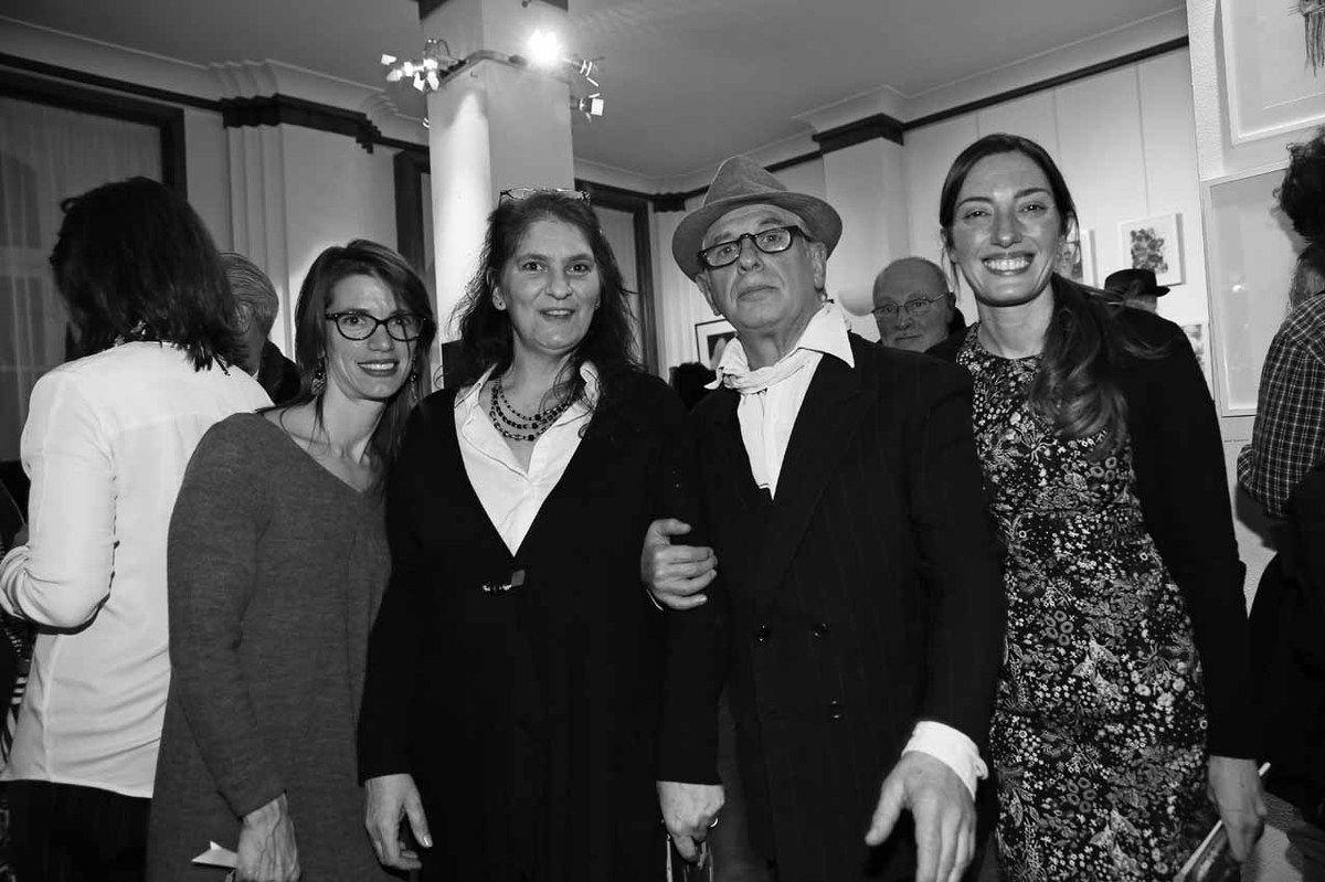 Agustina Primo, Julia Bernardi, Ricardo Mosner, Lorena Gabelloni