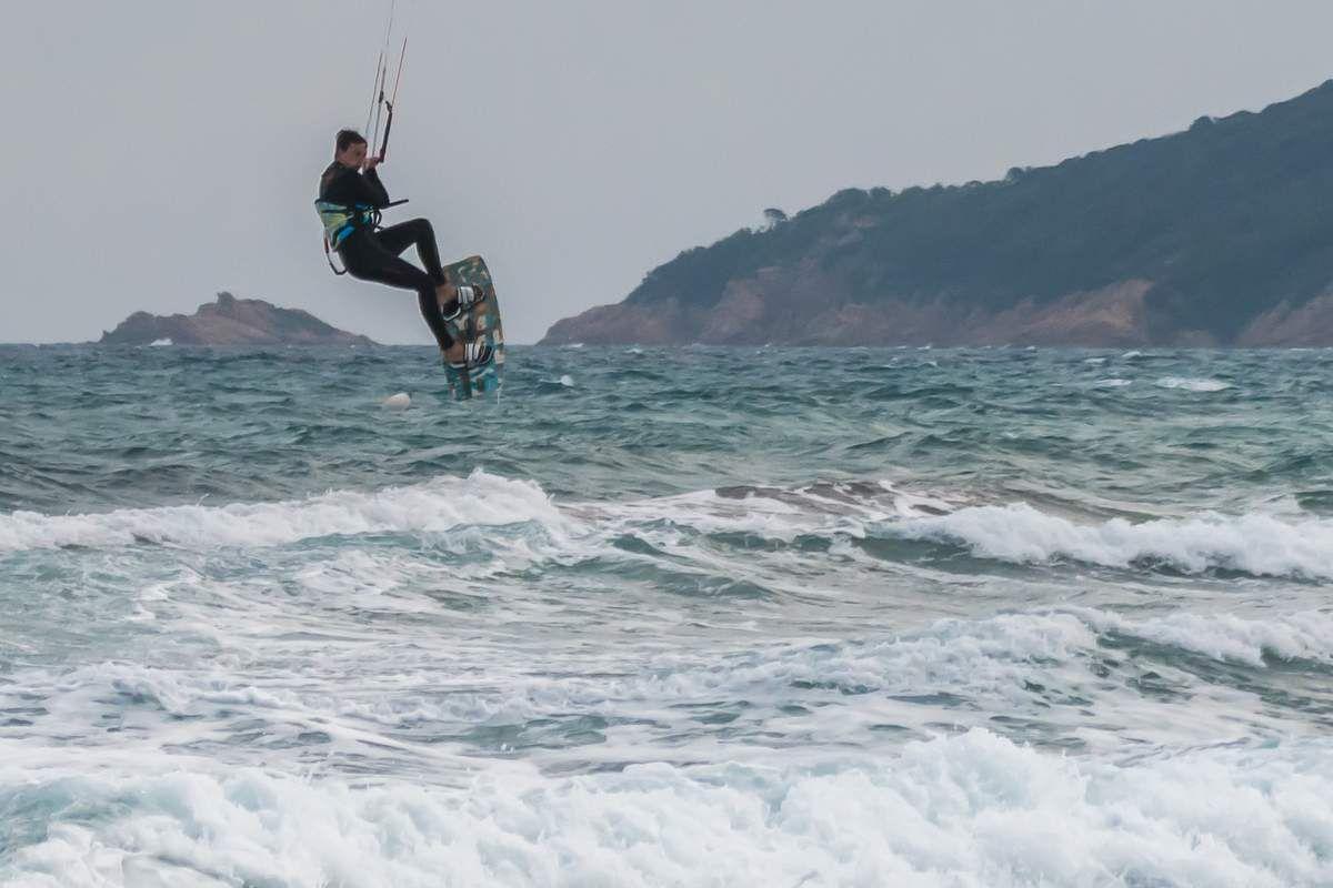 Un peu de kite surfing