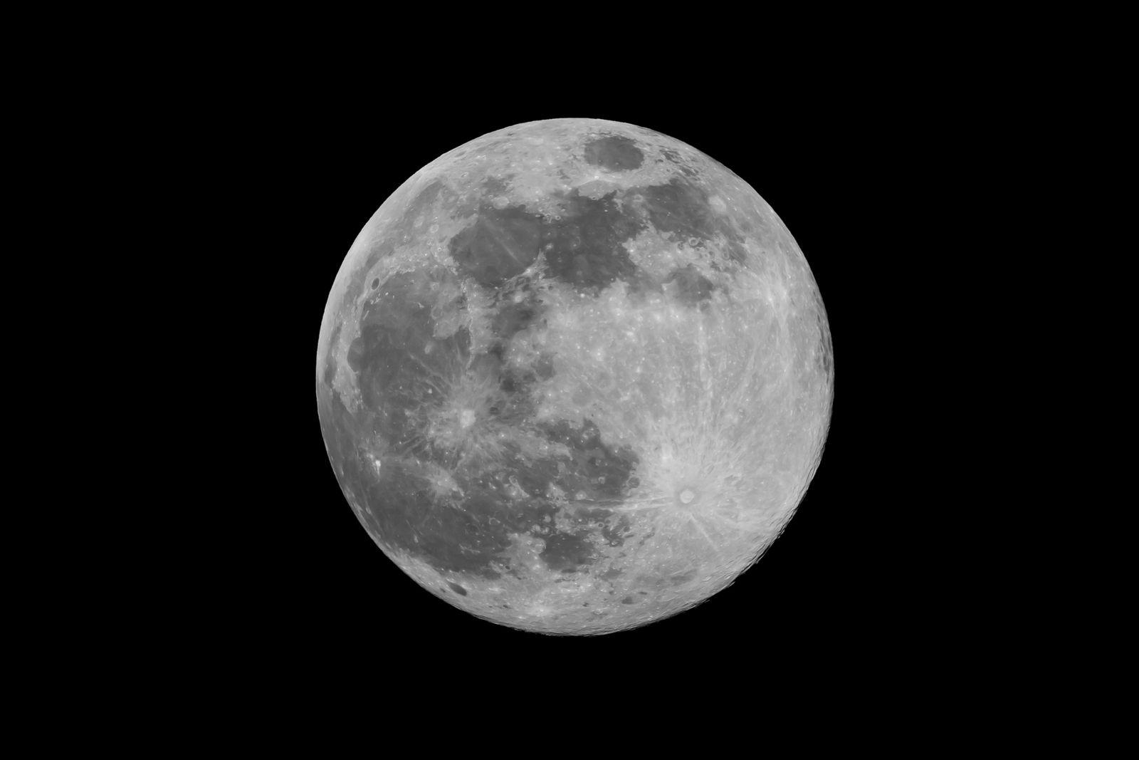 Pleine lune de confinement