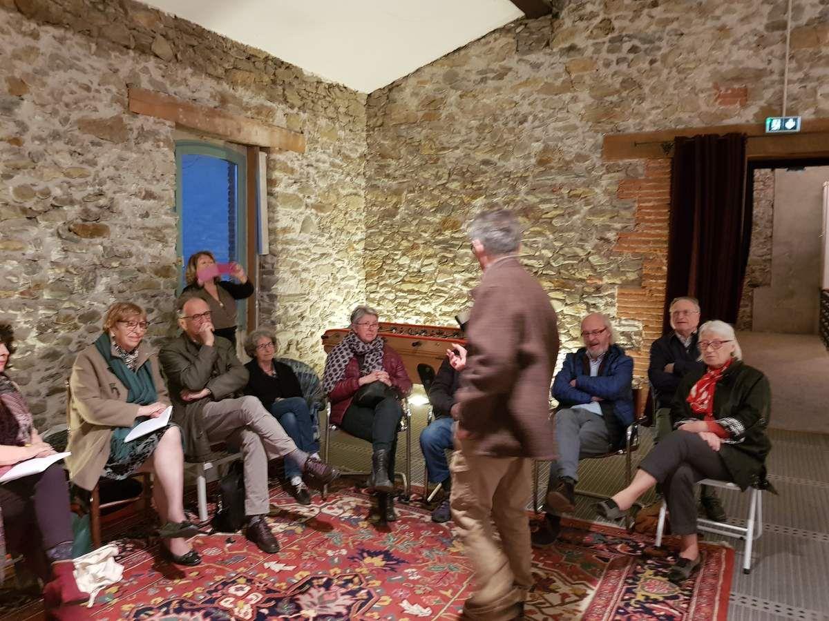 couverture du Petit Journal - Café littéraire sur Jünger et W.Benjamin à Banyuls, Assoc.WB (photo C.Requena) - A Perpignan, les haras