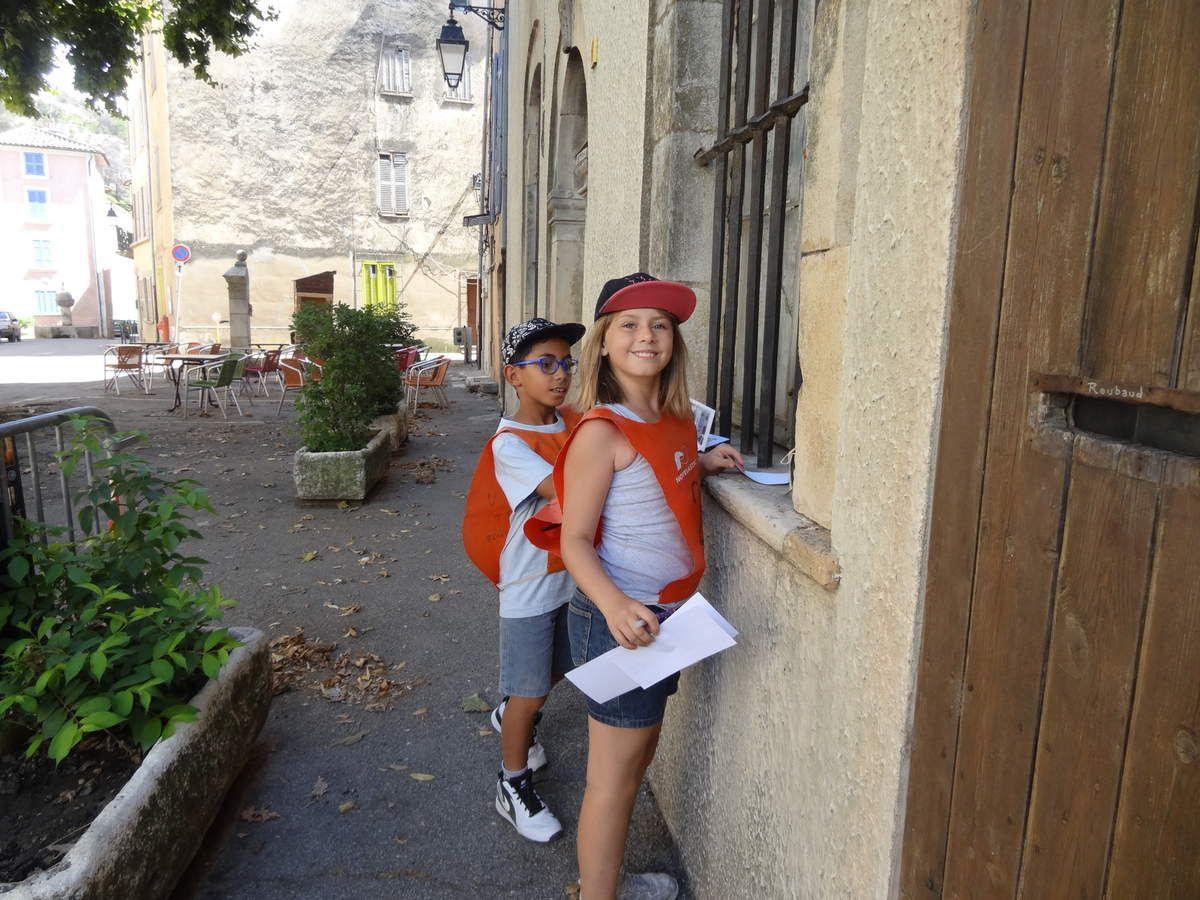 Des moments inoubliables, partagés avec les écoles de Correns, Tourves et Châteauvert. Merci aux éducateurs sportifs de la ville de Brignoles, à Franck, Edith, qui nous ont permis de faire du kayak, de l'escalade, du Tir à l'Arc, à Nicolas, notre Graffeur, pour le souvenir que nous allons garder de ces deux belles journées, à Yohan, notre animateur DJ. MERCI à tous ceux qui ont permis la réussite de cette belle aventure: Mairie de Brignoles, de Correns, Parents, enseignants et enfants qui ont été GÉNIAUX!!
