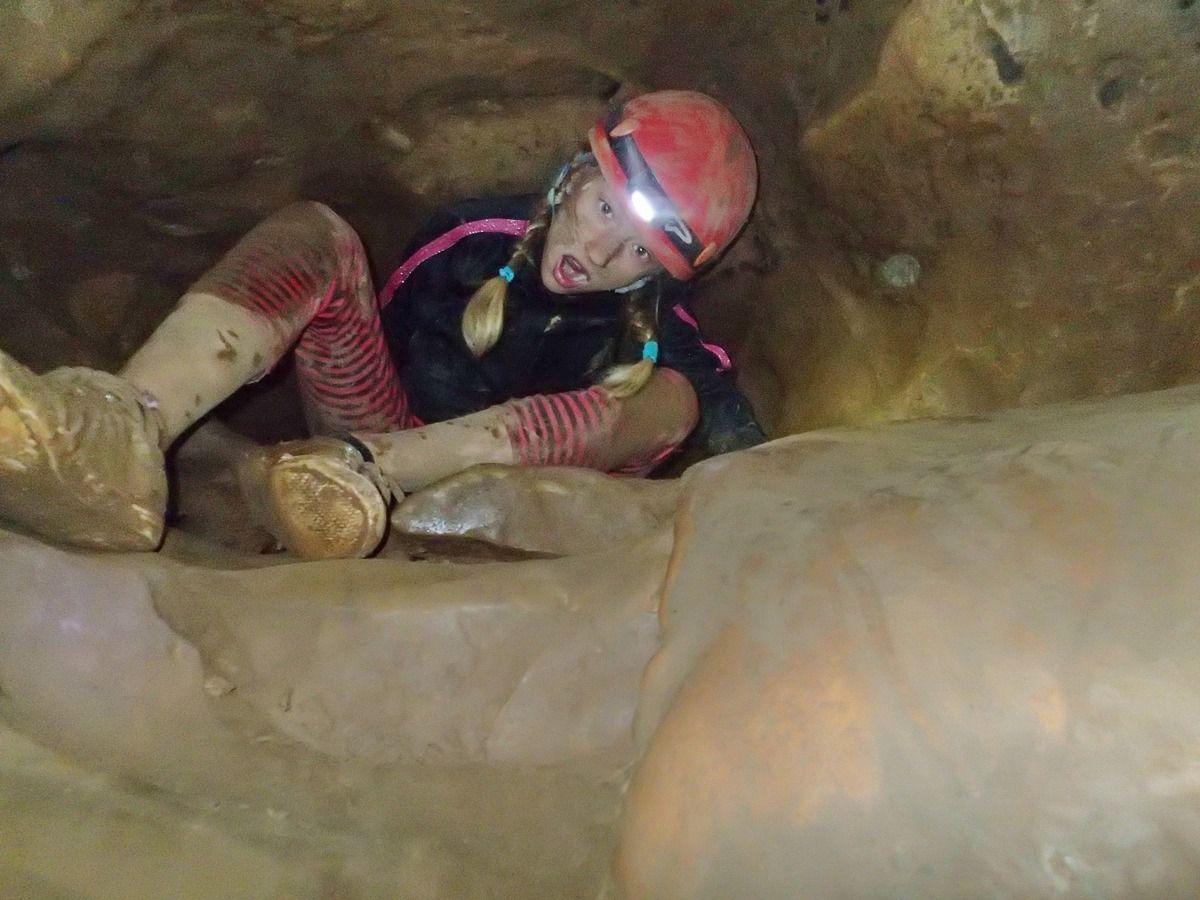 Encore une belle aventure USEP: sous terre découverte de la spéléologie! MERCI AU COMITÉ DÉPARTEMENTAL qui nous a encadrés!