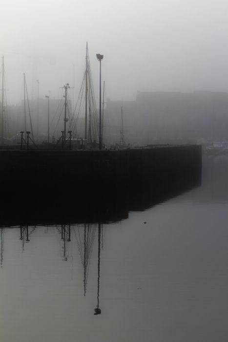 Brouillard sur le port de Paimpol (22)