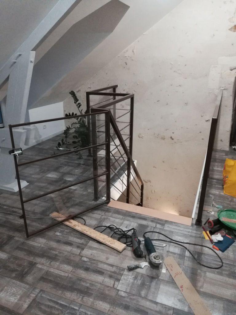 Finition du parquet et de l'escalier !