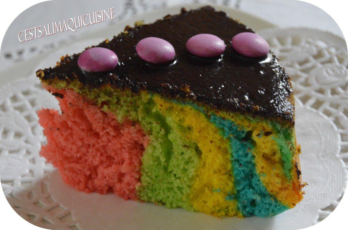 Gâteau façon Rainbow cake