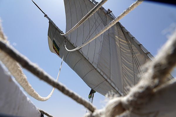 Naviguer en Felouka à Assouan, voile et cordages, différentes allures