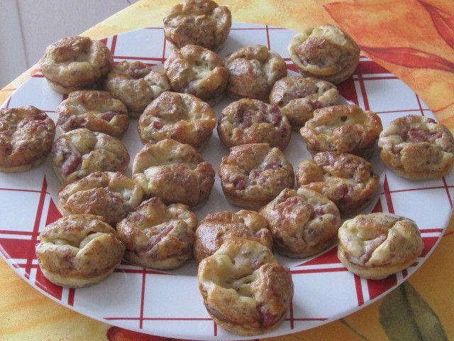 Mini-quiches sans pâte aux 2 fromages/noix/lardons
