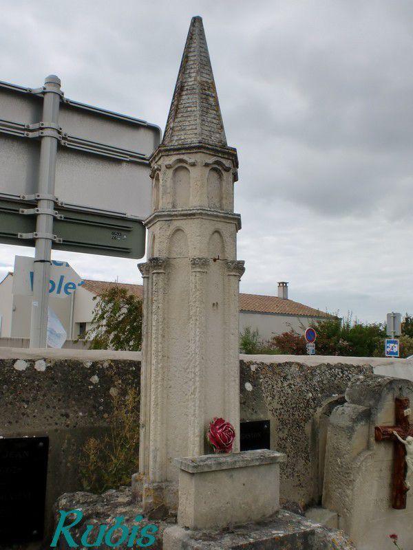 Lanternes des morts de Charente-Maritime (17)