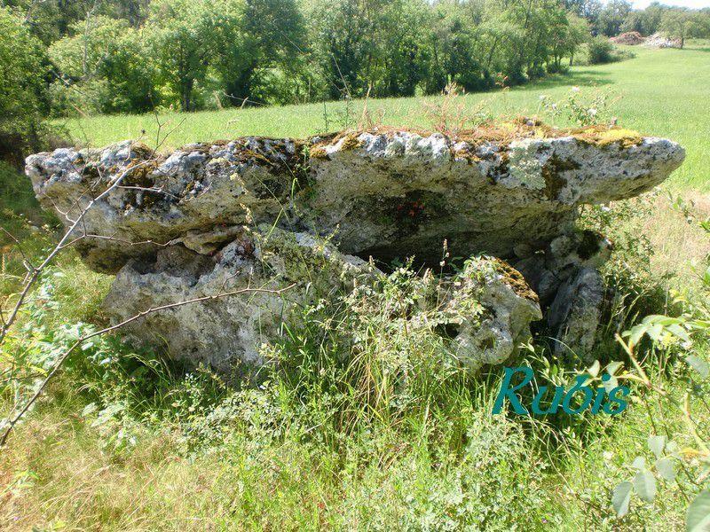 Dolmen de Peyrelevade, Rampieux