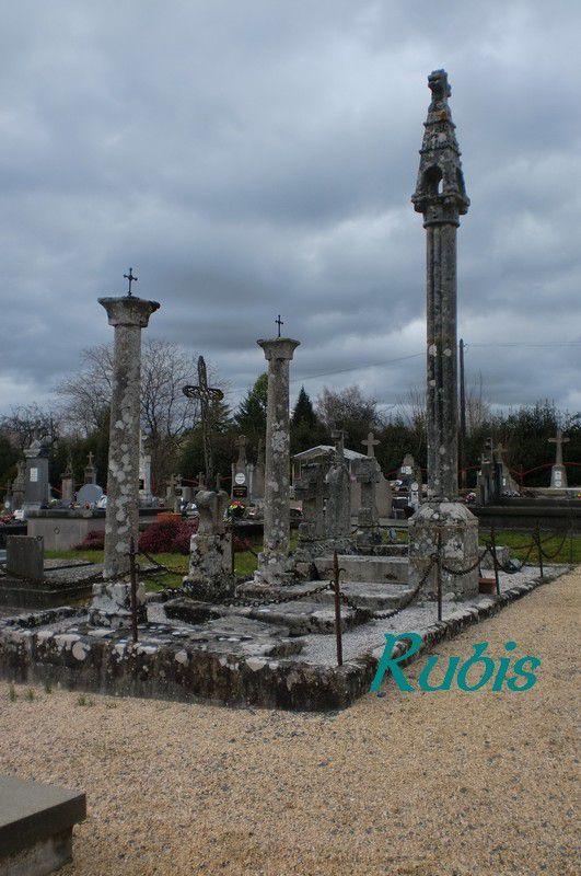 Lanternes des morts de Haute-Vienne (87)
