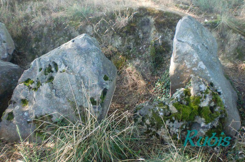 Dolmen de Lagrabe ou de Peyre de Pithie, Fargues