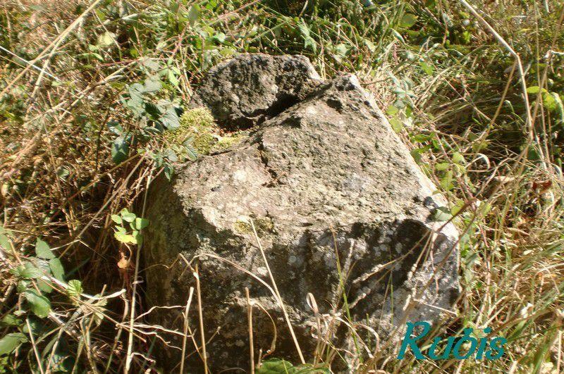 Dolmen de Rangliac ou de Sainte Julitte, Ambon