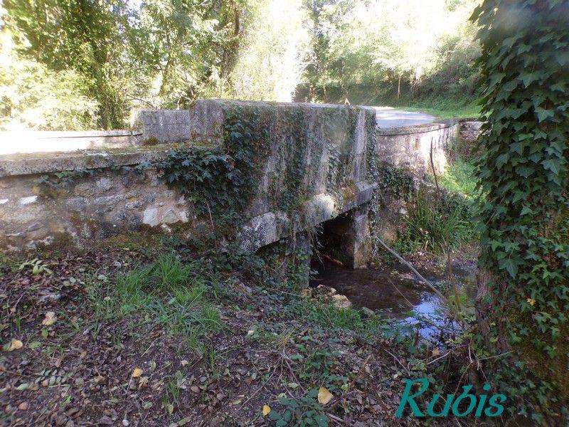 Lanternes des morts de Dordogne (24)