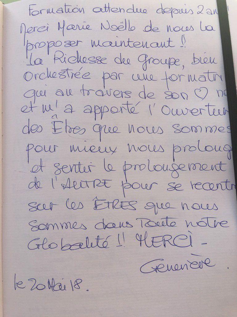 Quelques-uns des commentaires à propos de la formation du 19 20 Mai 2018 : Le mot de Clémence, sage-femme, sur le livre d'or de la formation, ainsi que ceux de Céline et Elodie