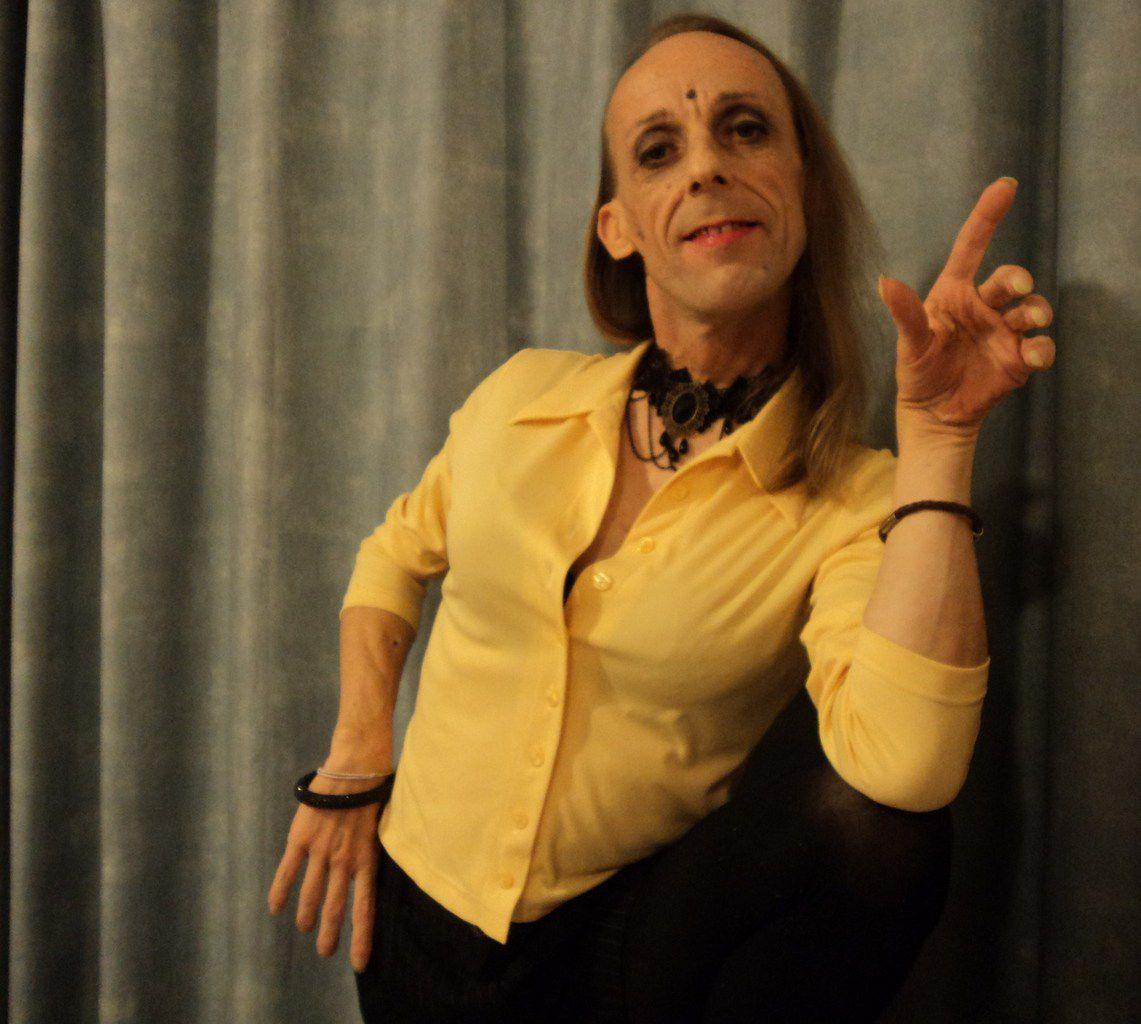 Phénomène: fait scientifique observable. Homo- et trans-sexualité = double spiritualité, bi-tantrisme? Hijra? Berdache?