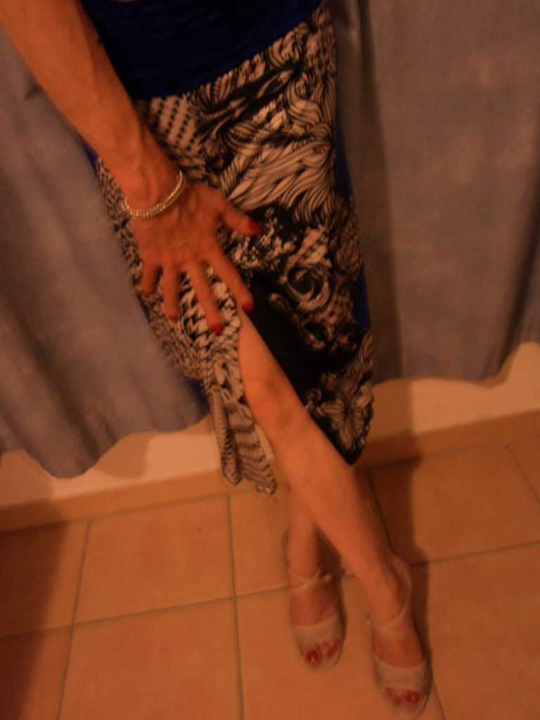 Gay selfie french life style pinkie lover full dancer crossdresser code: travestie sud de la France, comme une pucelle