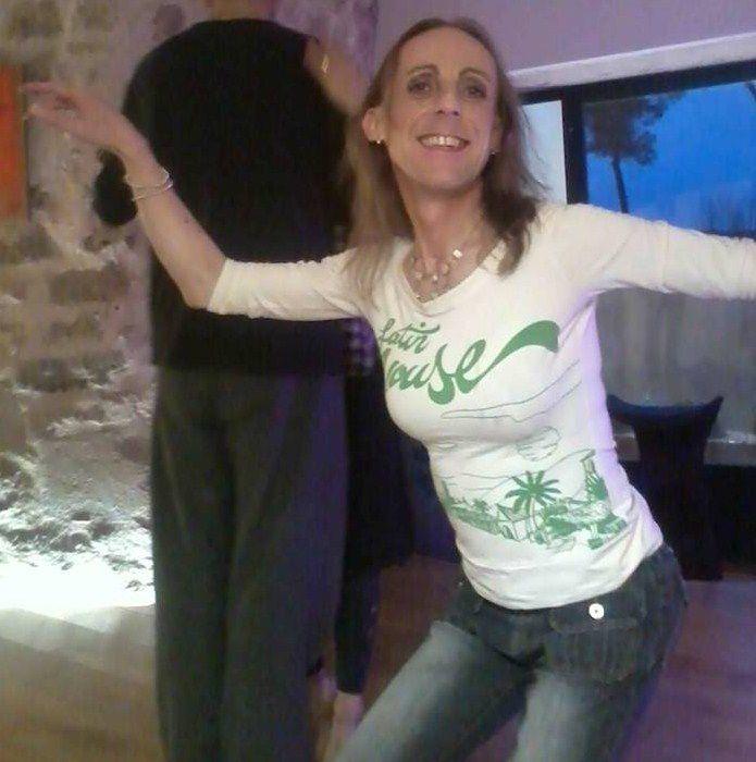 Blog, textes, histoires personnelles sur le tango argentin vécu dans le sud de la France, dans nos milongas de Provence, mon histoire et parcours individuel dans le monde milonguero. J'étais un tanguero, comment je suis devenue une tanguera, une danseuse talentueuse double rôle leader et follower