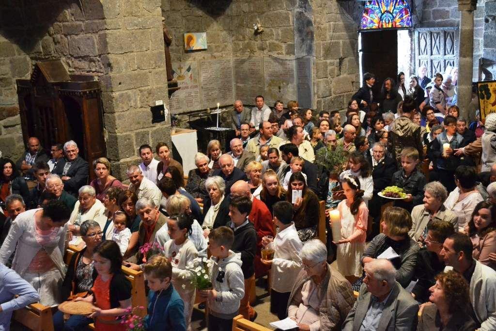 PREMIERES COMMUNIONS St CERNIN 03/06/2018