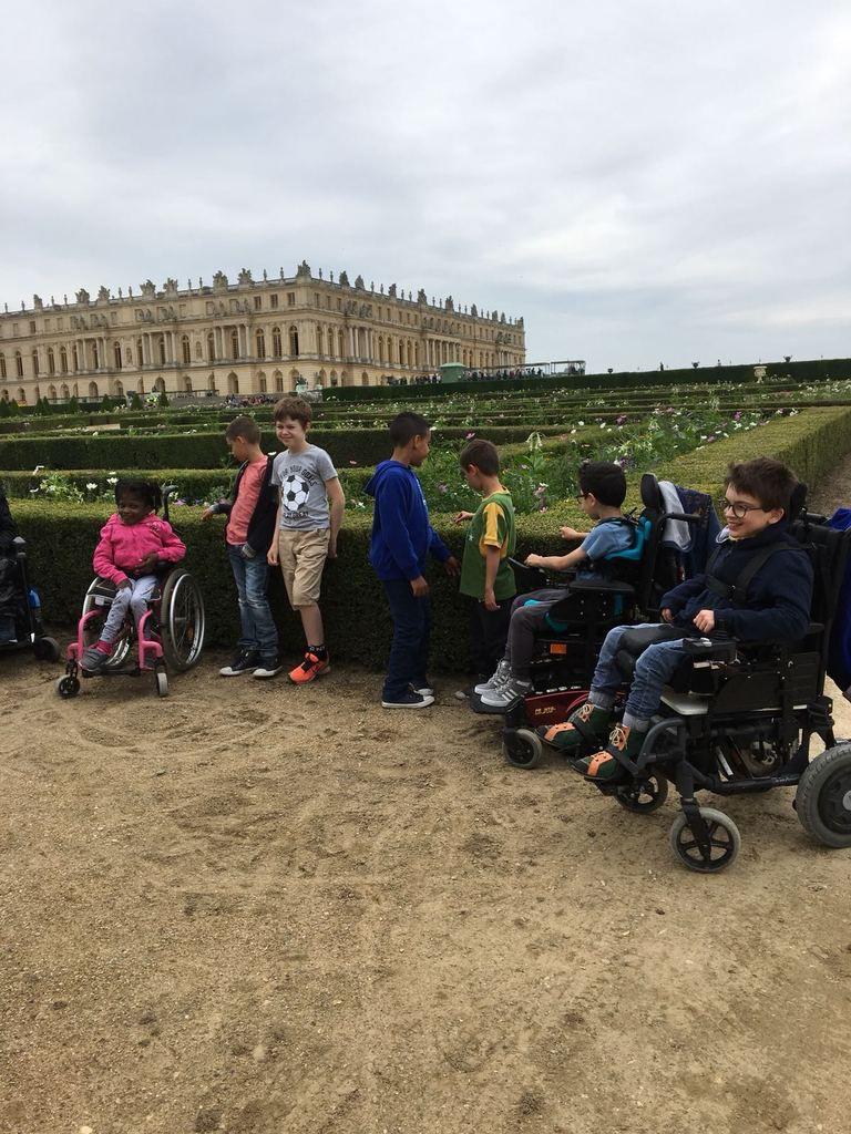 Les C.M.1 au jardin... De Versailles!